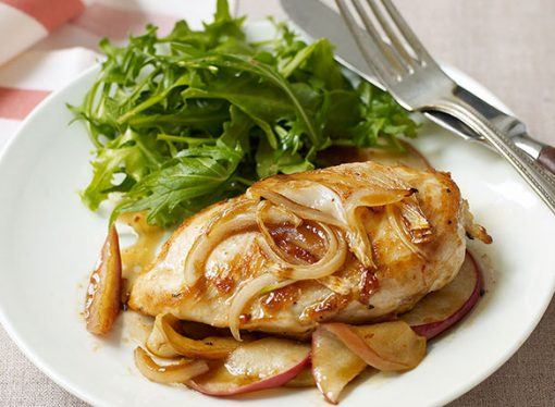 Chicken With Apple & Whisky Sauce